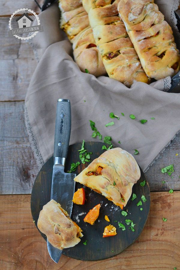 Mini-Stromboli mit Kürbis