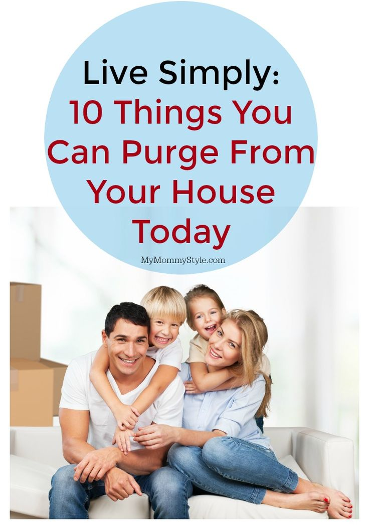 Purging your house of all the excess junk can be so overwhelming. This is an easy break down of 10 things you could purge today! Get through the clutter and start living with less stress! #ad #Clorox