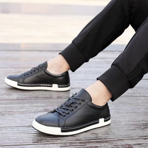 e0a4f30a7f2e Simple Stylish Leather Flat Men's Casual Shoes   Men's Shoes   Flat ...