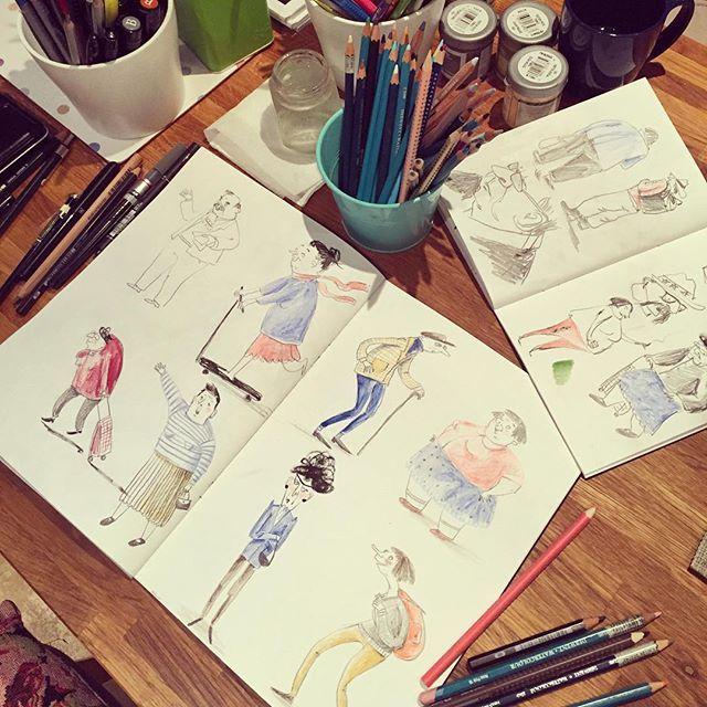 Начинаю старичков рисовать для нашего марафона #денькрокодила 🌐 starting on old people for our drawing marathon. #детскаяиллюстрация #иллюстрация #drawing #illustration #illustrationartists #arts_help #art_we_inspire #topcreator #childrenillustration #sketchbook #скетчбуки #рисуйкаждыйдень