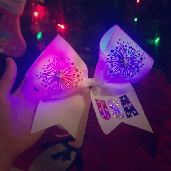 Cheer Bow Really cool color changing Fourth of July bow! Accessories Hair Accessories