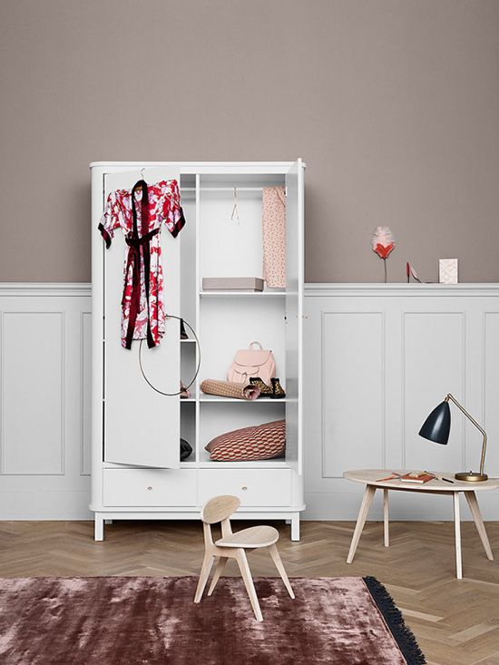 Awesome Oliver Furniture Wood Kleiderschrank t rig wei