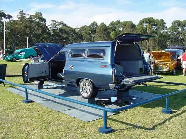 Clean Falcon Panelvan