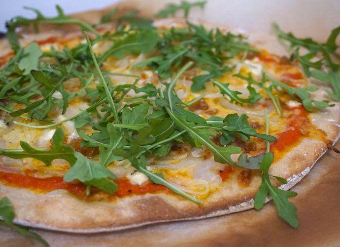 Pizza integral con queso azul y marrón glacé para #Mycook http://www.mycook.es/cocina/receta/pizza-integral-con-queso-azul-y-marron-glace