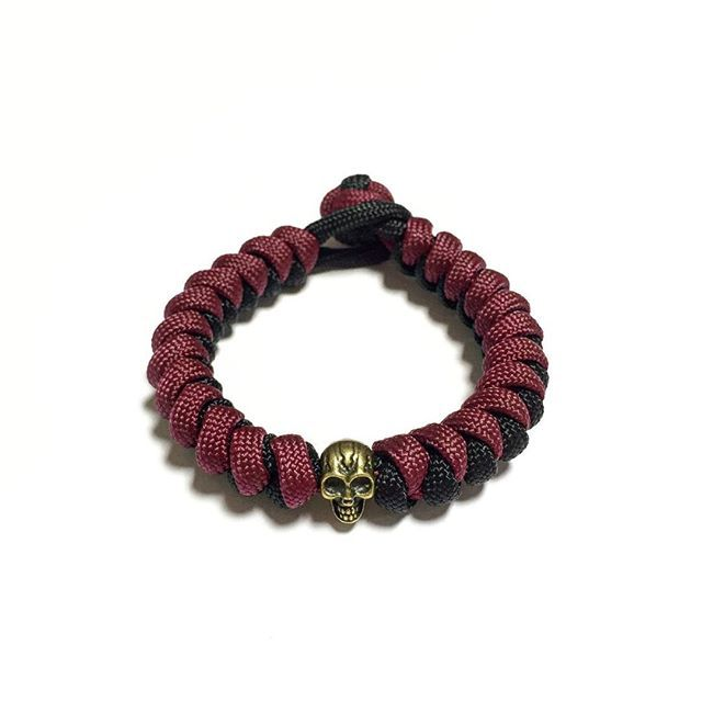 Dead Pool Paracord Bracelet Design: [Snake Knot]  SGD $9.50  Also available at: Witty Label Concept @wlcshop  Unisex Bracelet  #ParacordBracelet #mensbracelet #womansbracelet #paracord #bracelet #ig_paracord #madeinsingapore #designtodaysg