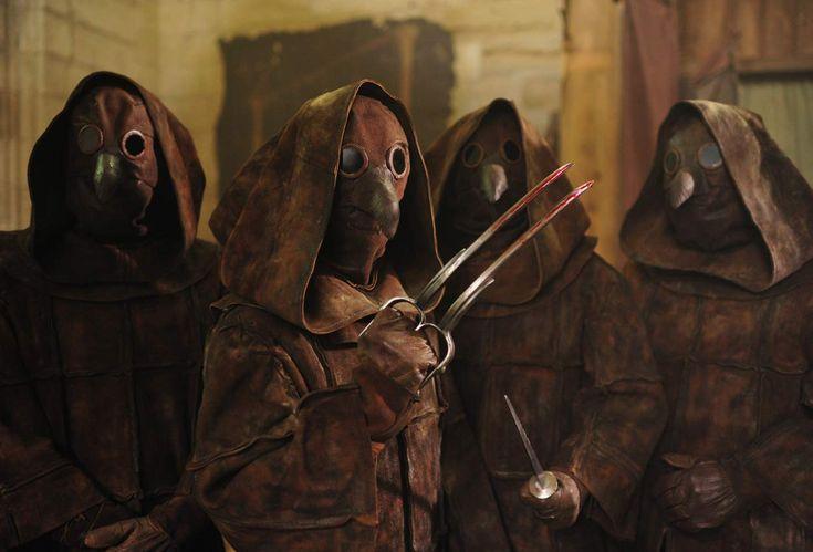Le masque des médecins d'Inquisitio - source: Allocine