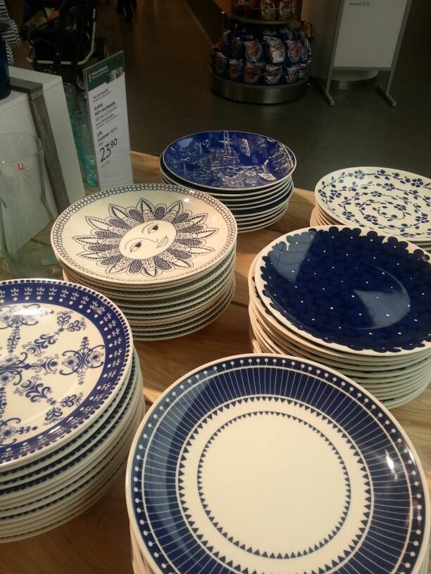Beautiful Arabia plates