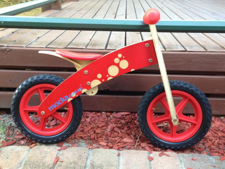 Mocka's All Terrain Balance Bike is perfect for any child that wants to get out and about. Photo taken by Baby and Toddler Magazine.