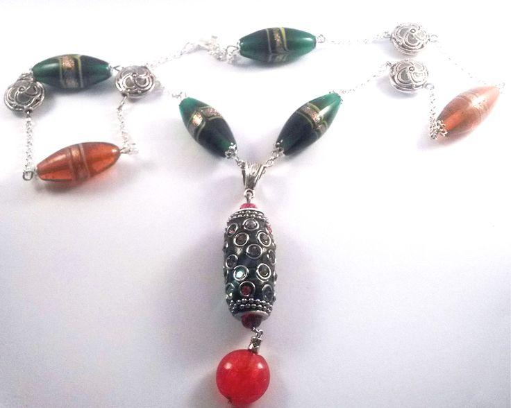 sautoir en perles indonésiennes en perles lampwork et perle indonésienne marron et strass : Collier par chely-s-creation