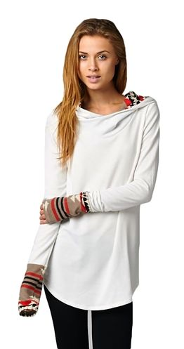 The Beautiful Raquelle Tunic is perfect for #yoga or #chillin $39.95 and available in S-L Get yours on order ASAP!! #fashion #tunic #women