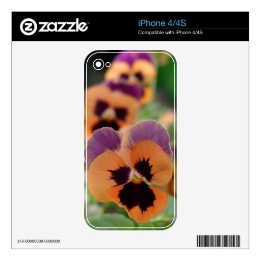 iPhone 4/4S skin of a photo of pansies