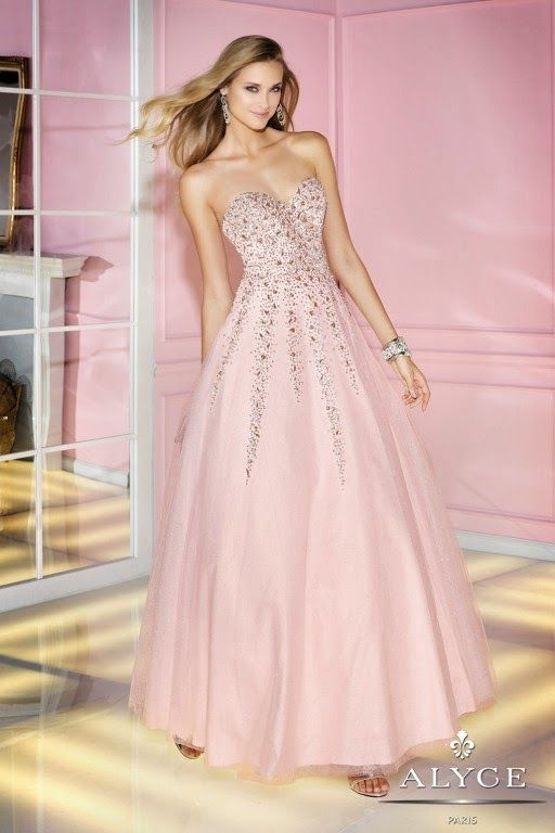 51 best vestidos de 15 images on Pinterest | Prom party dresses ...