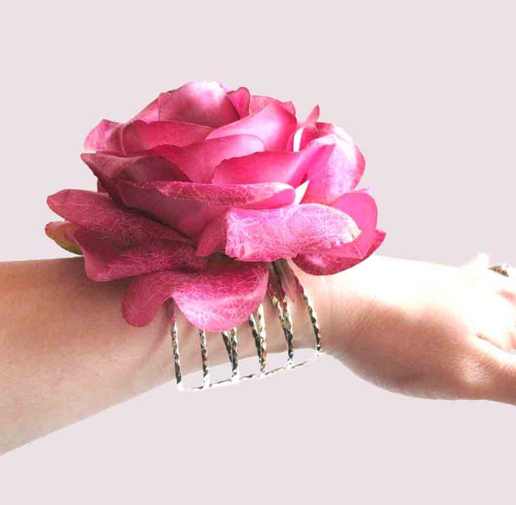 Why Wear Your Prom Corsage Just One Night Follow The DIY Wrist Tutorial At