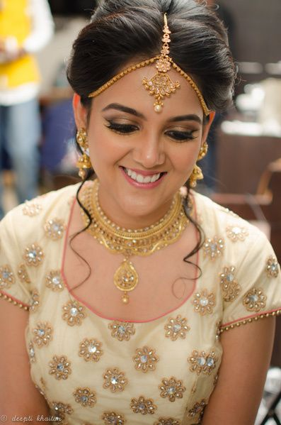 Gold Necklace and Earrings with Mathapatti