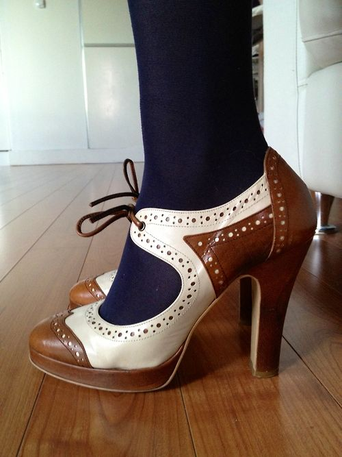 I know a certain redhead who would LOVE these!