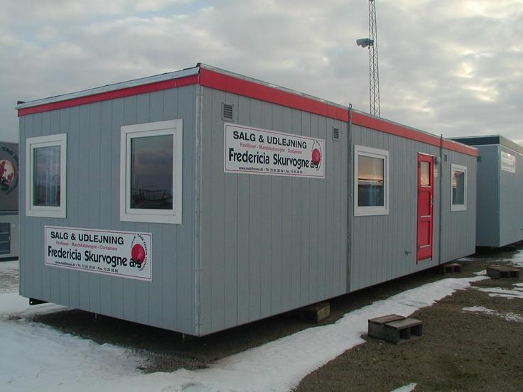 Beboelsesvogn til 4 personer med 3 soveværelser, køkken, toilet og bad fra Mobilhouse - Fredericia Skurvogne a/s