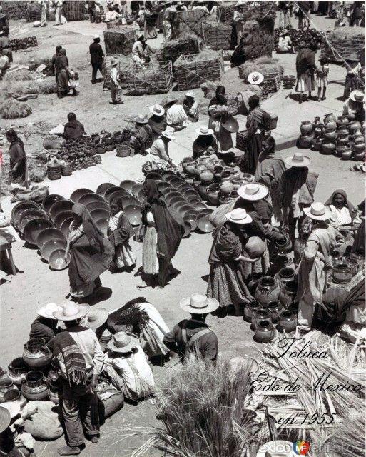 Fotos de Toluca, México, México: Mercado Escena Callejera Circa 1955