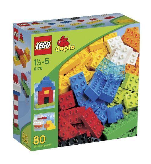 Die Grundbausteine von LEGO Duplo garantieren Dauerspielspass. Die Grundbox enthält 80 Steine in verschiedenen Farben und Größen. Gerade für Kleinkinder eignen sich die stabilen Steine sehr gut.