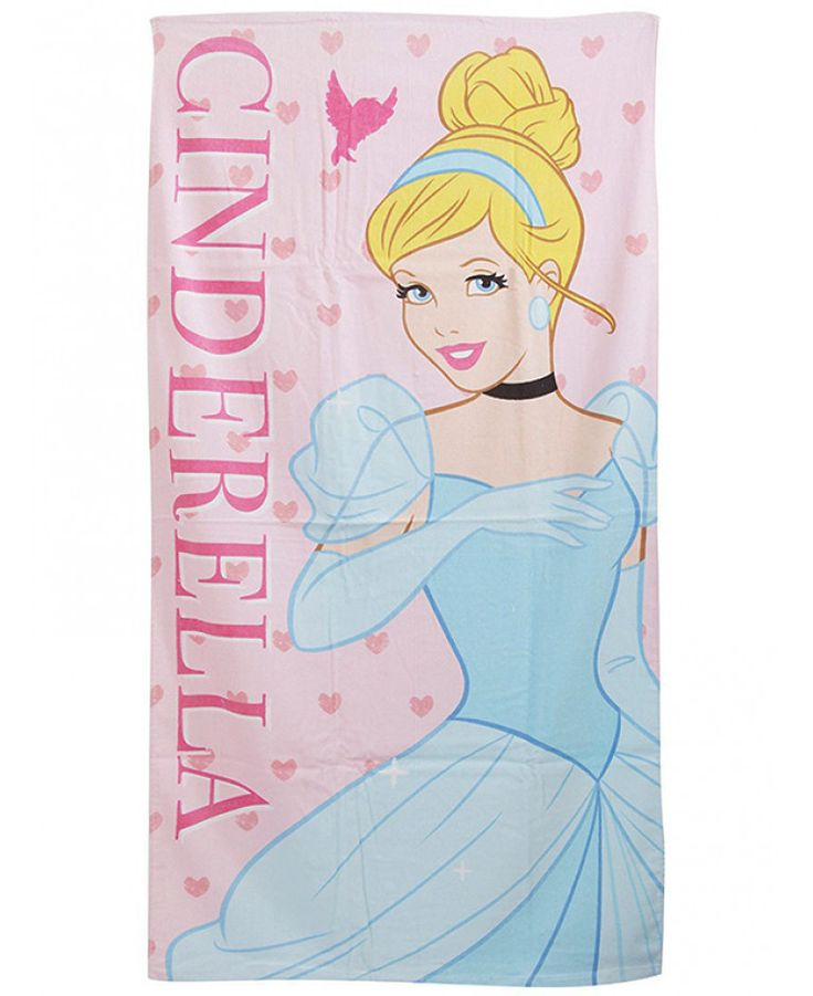 This large cotton Disney Princess Cinderella Beach Towel is ideal for use at the beach, by the pool or simply at home. Free UK delivery available