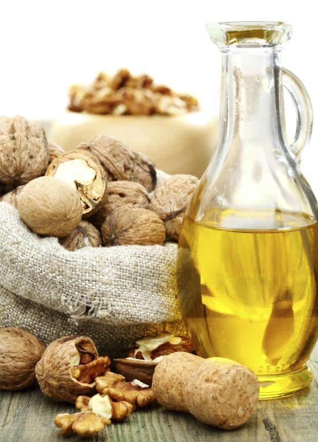Olej z vlašských ořechů , Foto: Thinkstock