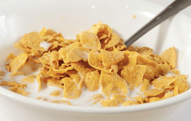 """Kasia Gurbacka Dietetyk, Promotor Zdrowego Odżywiania Autorka Diety venus Większość zbóż promowana jest jako """"zdrowa żywność"""" bo są naturalne, zdrowe i pożywne… Jednak te przetworzone zboża, wypełnione dziesiątkami chemicznych składników i kilogramami cukru, wcinamy codzienne na śniadanie, dajemy je naszym dzieciom, z dnia na dzień OSŁABIAJĄ nasz organizm. Skutki ich jedzenia są znacznie gorsze… Powodują,...Read More »"""