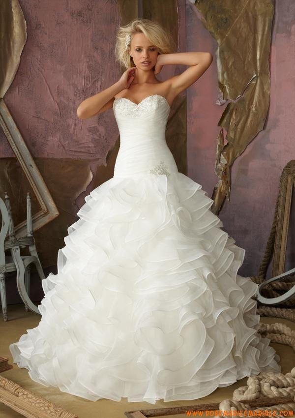 Robe de mariée princesse volants organza col en coeur  robe de ...