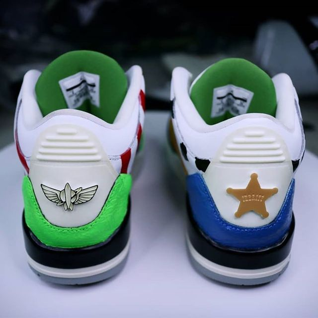 Air Jordan 4 'Toy story'-Woody & Buzz Lightyear🤖 - - #toystory#woody#buzzlightyear#nikecustom#aj3#airjordan3#aj3custom#sneakercustoms#customsneakers#customize#customkicks#customshoes#customart#shoescustom#customizedshoes#hyperbeastkicks#hytrapesneakers#hytrape#hypebeast#highsnobiety#sneakersaddict#sneakerhead#atatf#kicksonfire#sneakerart#solecollector#soleysneakers#kicksoncourt#kicks4eva#kicksoftheday