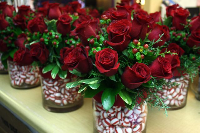 Red rose Christmas centerpieces