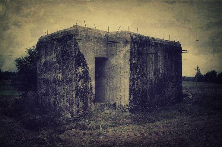 #bunkiernasobotę #neirawypełzaznory #bunkry #LiniaMołotowa #bunkier #fortyfikacje #historia #bunker #pillbox #bunkers #fortification #warhistory #war #history