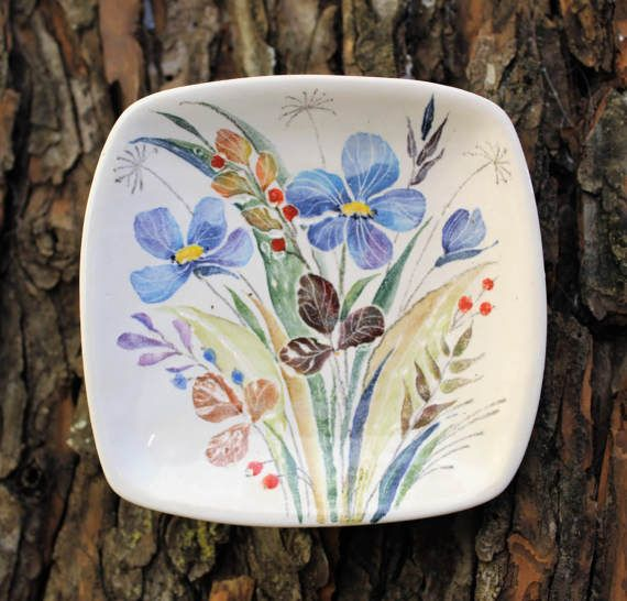 Hey, I found this really awesome Etsy listing at https://www.etsy.com/ru/listing/516797237/decorative-plate-wild-flowers