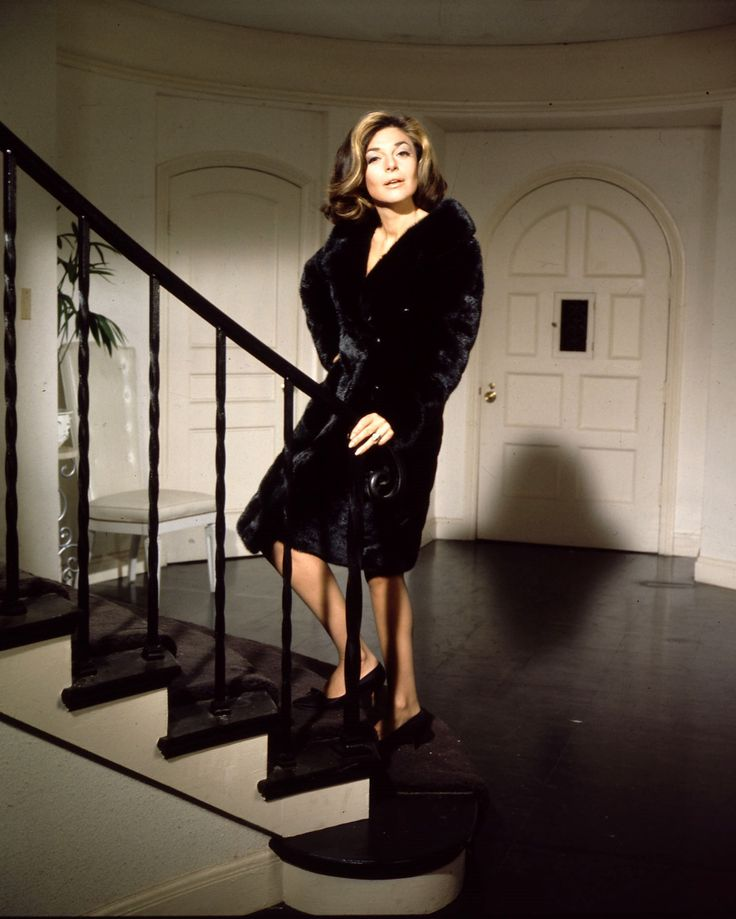 "Anne Bancroft in ""The Graduate"" - lavish coat for Jocasta                                                                                                                                                                                 More"
