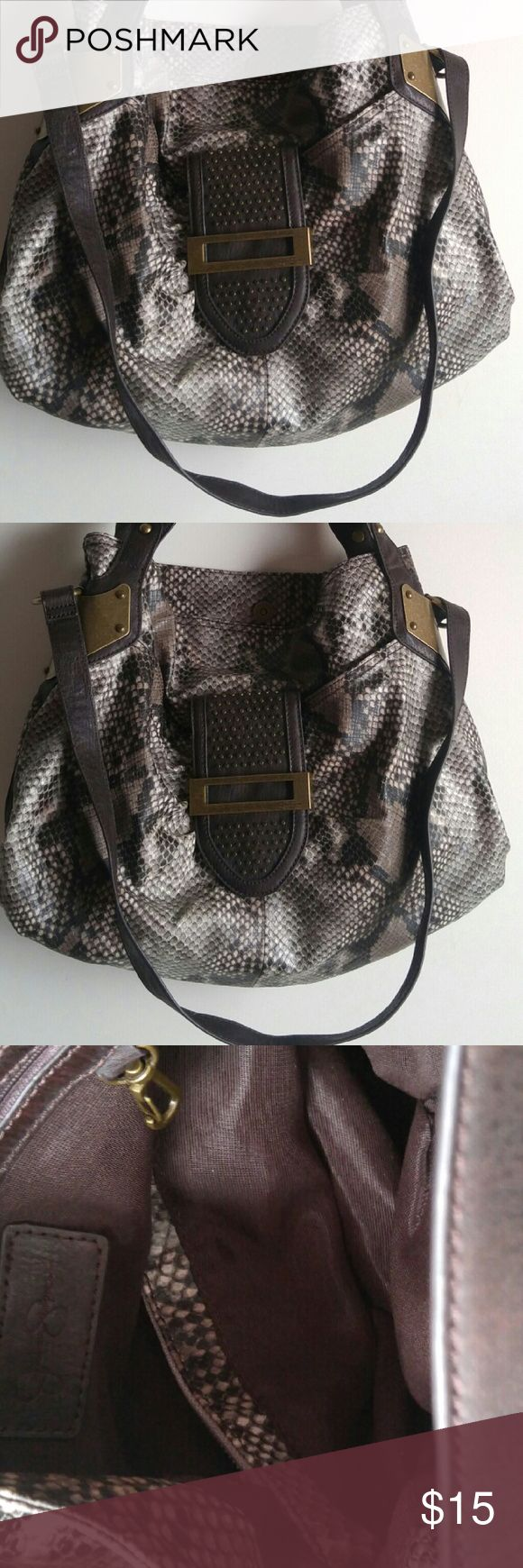 """JESSICA SIMPSON BEAUTIFUL LADIES BROWN/GRAY HANDBA Excellent condition. Please see pictures. Please use the measurement below to determine size. Height: 14"""" Length: 18"""" Depth:6"""" Stripe: 12"""" & 16"""" Please check out my other item. Thanks jessica simpson Bags Shoulder Bags"""