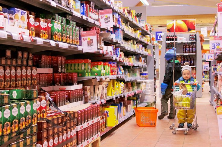 Navigating the Grocery Store as a New Plant-Based Eater: What You Should Know | One Green Planet