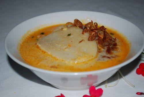 Resep cara pembuatan laksan khas palembang yang mudah dan enak, dapat ikuti cara pembuatannya di www.kuliner.ilmci.com