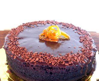 Ζουμερό σοκολατένιο κέικ, χωρίς ζάχαρη