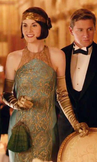 Michelle Dockery as Lady Mary in Downton Abbey Season 6. Costume Designer: Anna Robbins.