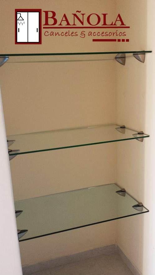 Repisas rectangulares en cristal claro de 60x20 cm.