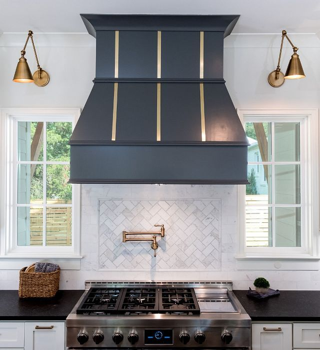 Luxury Farmhouse Interior Design: Farmhouse-Style Home Inspired By Chip & Joanna Gaines