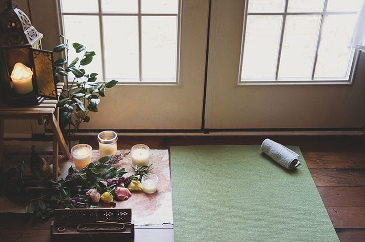 Yoga for Newbies: How to Set Up a Home Yoga Studio | Camp Makery