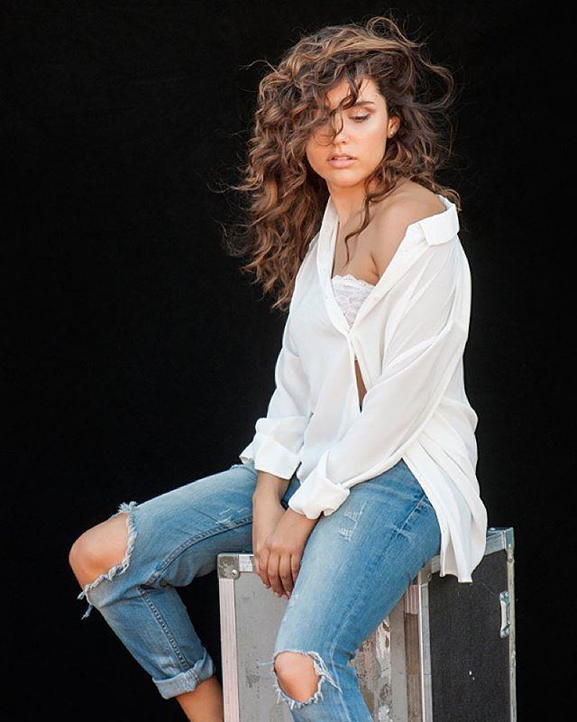 (Shooting) Alba Rico Navarro ~ Mas Negro « Leonetta: Forever and Always <3