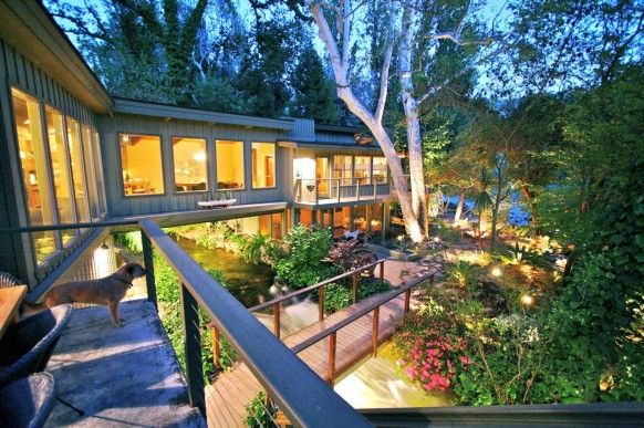 Summer home river view at nightRustic House, Favorite Places, Frank Lloyd, Interiors Design, Dreams House, Kaweah Fall, Trees House, National Parks, Lloyd Wright