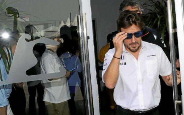 Fernando Alonso correrà in Cina: ok dei medici, manca solo il comunicato ufficiale. Non è stato ancora emesso il comunicato ufficiale, ma dopo la nuova visita presso il Centro Medico del Circuito di Shangai, Alonso riceve il via libera per scendere in pista questo week end. Non è a #f1 #alonso #cina