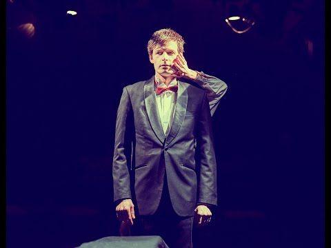 Der Traum eines lächerlichen Menschen (Theater Augsburg)  Dostojewskij beschreibt in seiner fantastischen Erzählung von 1877 eindrücklich die Diskrepanz zwischen unseren Idealen und unserer Lebensrealität die uns immer wieder verzweifeln lässt. In Richard Wagners Regiedebüt bewegen sich die Tänzerin Katrin Schafitel und der Schauspieler Sebastian Baumgart an der Grenze zwischen Träumen Leben und Sterben. weitere Informationen: http://ta-aug.de/b50  From: TheaterAugsburg  #Theaterkompass #TV…