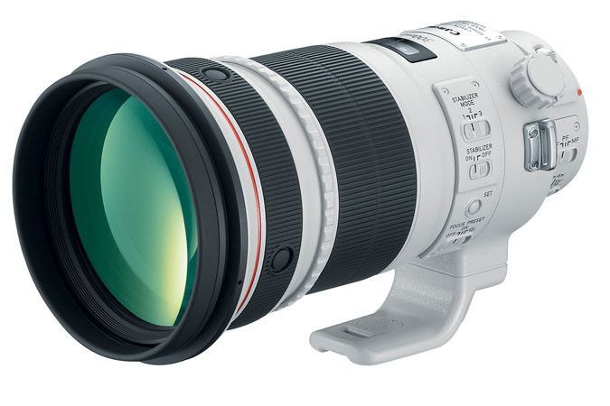 Canon EF 300mm f/2.8L IS II USM A worthy successor to the popular Canon EF 300mm f/2.8 IS, the all-new Canon EF 300mm f/2.8 IS II USM super telephoto lens is lightweight, weighing approximately 13% le