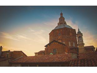 Pavia: dal Castello Visconteo, al Ponte Coperto e le sue tante belle chiese