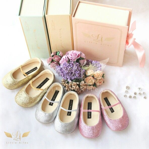 Little Ailes baby prewalker shoes basics series available in 3 colors