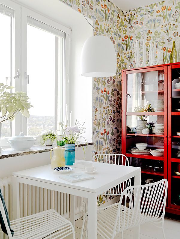 10 Modern Ways to Decorate with GrannyFlorals | This flowery wallpaper brings charm to a clean, airy kitchen. @stylecaster