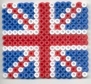 C'est un drapeau anglais fait avec des perles à repasser. Qu'en pensez-vous ?