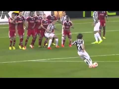 Golazo de Andrea Pirlo Juventus vs Lyon 2-1 10.04.2014