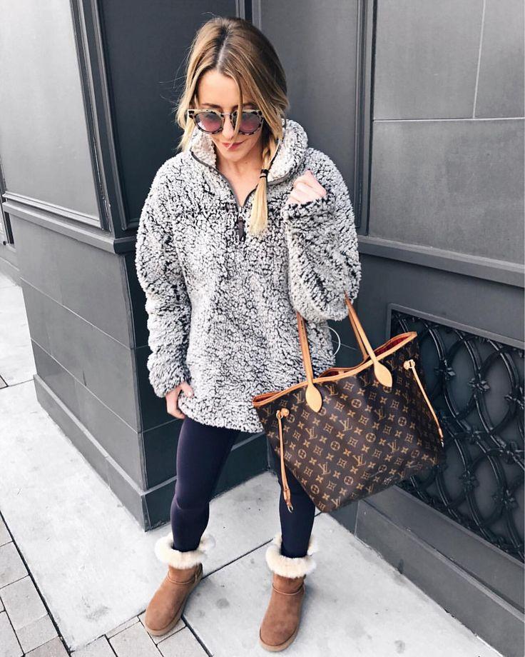 I need a fluffy sweater like thatttt